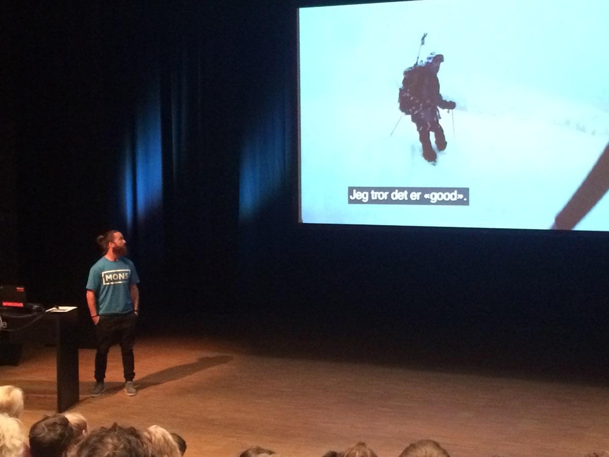 STERK HISTORIE: Gaute Hangaas Brenna var minutter fra å miste livet i en skredulykke i 2015. Fredag fortalte han sin dramatiske historie på Skredkonferansen i Åndalsnes. Foto: Tore Meirik