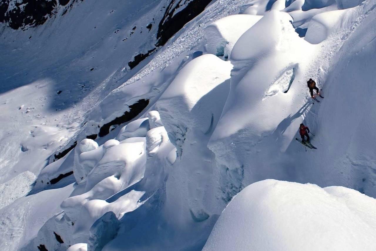 Fra førstenedkjøringa av Bergsetbreen i 2008. Foto: Bjørnar Bjørhusdal/Toppturar i Sogn