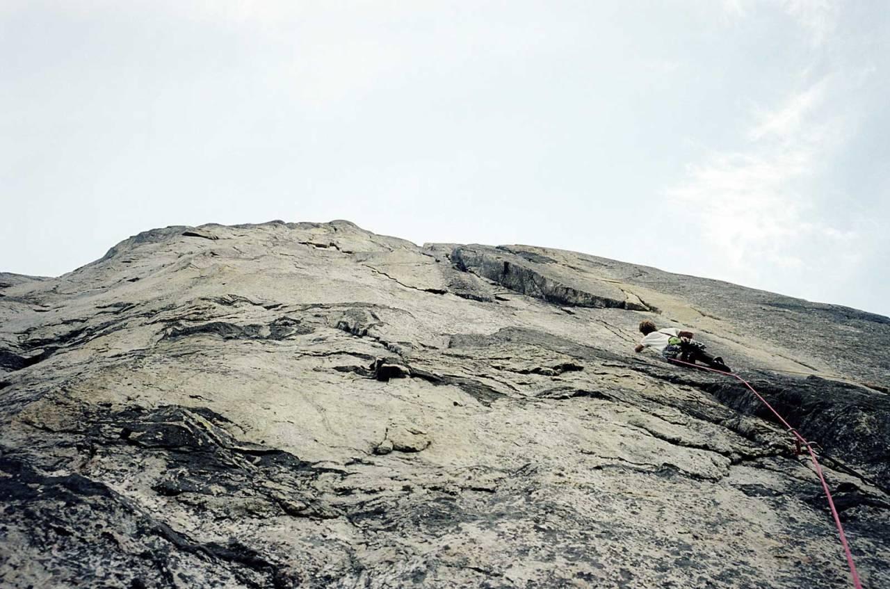 Tynt: Bjørn-Eivind Årtun i den skarpe enden på En forbundsfiende (8-) i 2005. Foto: Robert Caspersen