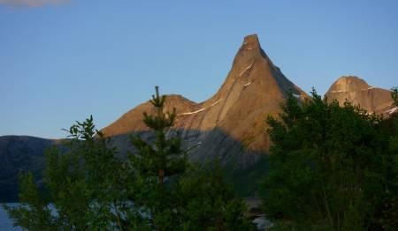 Stetind, Tysfjord