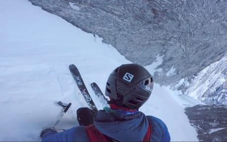 Skjermdump fra Kilian Journes film fra hans nedkjøring av Fivaruta i Romsdalen.