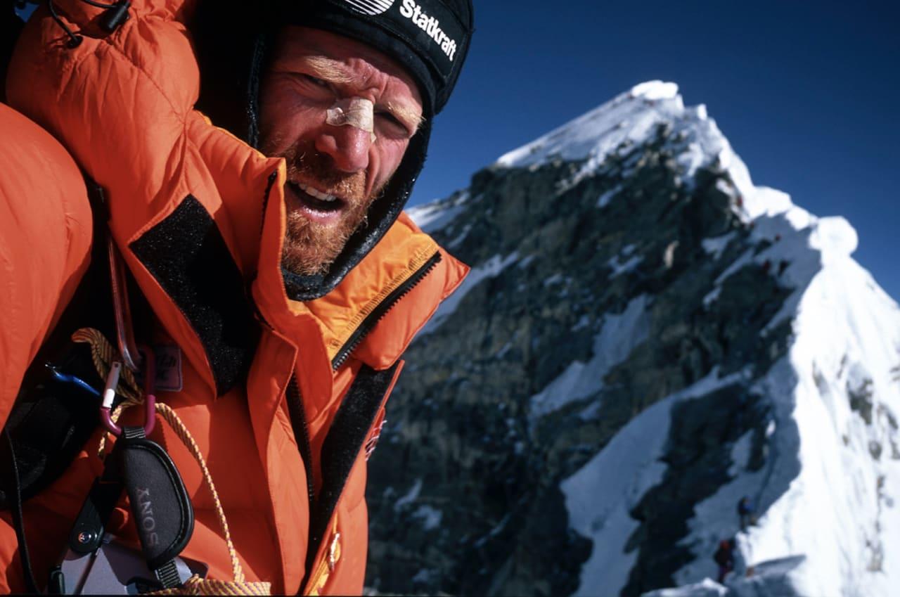 Børge Ousland på vei opp mot Mount Everest.