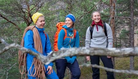 """ANNERLEDES SKOLE: Neste år får Rauma vgs linja """"Bratt friluftsliv"""", og elever fra hele landet kan søke seg til linja. Foto: Heidi Leren"""