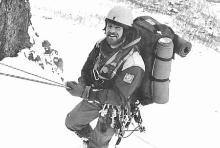 Stein P. Aasheim på tur opp Trollryggen en vinterdag.