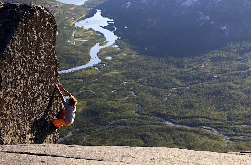 Buldring i Gjerdalen.