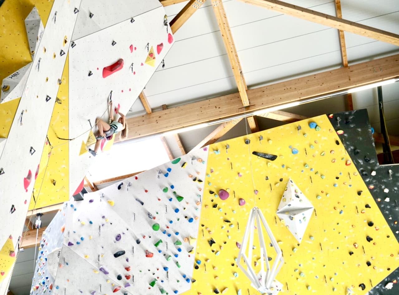 Mia Wollebæk nærmer seg toppen. Foto: Tina Hafsaas