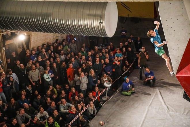 Jon-Pål Hamre i aksjon under nordisk mesterskap arrangert på Trondheim Klatresenter. Foto: Mattis Husby