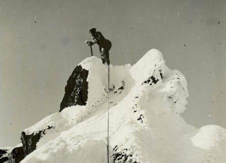 På toppen av Kvanndalstind. Foto: Thorbjørn Krohn