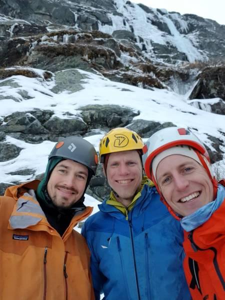 STOKE: David Postel, Sondre Kvambekk og Gjermund Nordskar ute på eventyr i Aurdal. Foto: Gjermund Nordskar