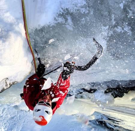 Nikolay Tjøstheim og Jacob Jutrem har vært i Hemsedal og klatra is i helgen. Foto: Jacob Jutrem