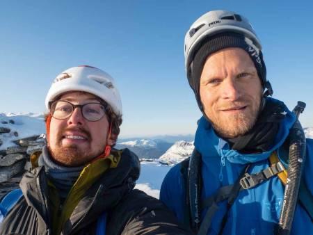 Nelson Neirinck og Kjetil Grimsæth på toppen av Kaldfonna. Foto: Nelson Neirinck