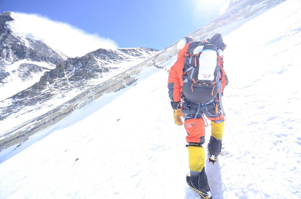 Kø til Mt. Everest. Foto: Jyamchang Bhote