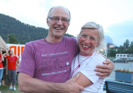 Stein Aasheim og Randi Skaug etter foredrag på Standplass på Åndalsnes. Foto: Dag Hagen