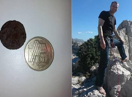 Det var Jørn Hofsø Hjellnes som fant mynten på toppen av Storen. Faksimile fra Nrk.no/sognogfjordane