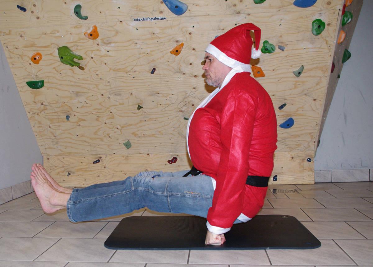 KALAS: Opalia ble feiret med to festivaler i det gamle Roma - en av dem på dages dato. Bildet viser for øvrig klassisk klatrer-framferd på julefest.