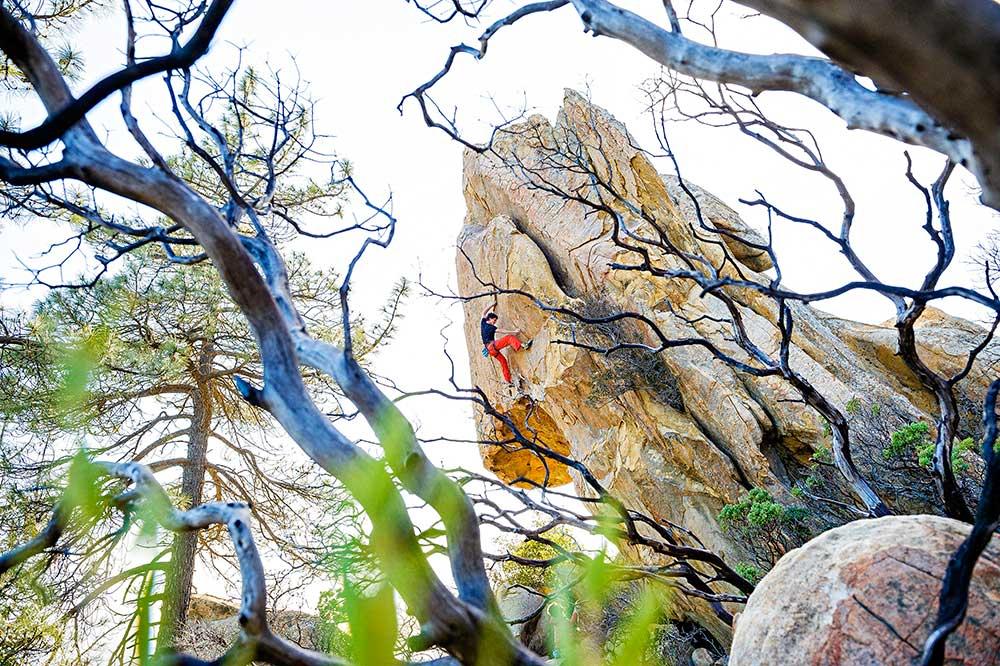 Vinnerbildet: Bernd Zeugswetter and Omega Glory (5.13a), Potter's Point, Santa Barbara, CA. Foto: Hjordis Rickert.