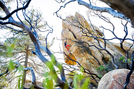 Vinnerbildet: Bernd Zeugswetter and Omega Glory (5.13a), Potter's Point, Santa Barbara, CA. Foto: Hjordis Rickert.