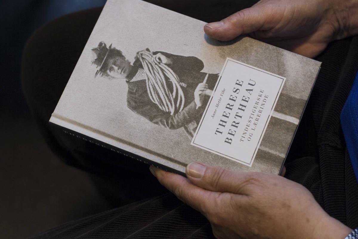 Boken om Therese Bertheau er på vår liste over 10 klatrebøker du bør lese. Foto: Line Hårklau