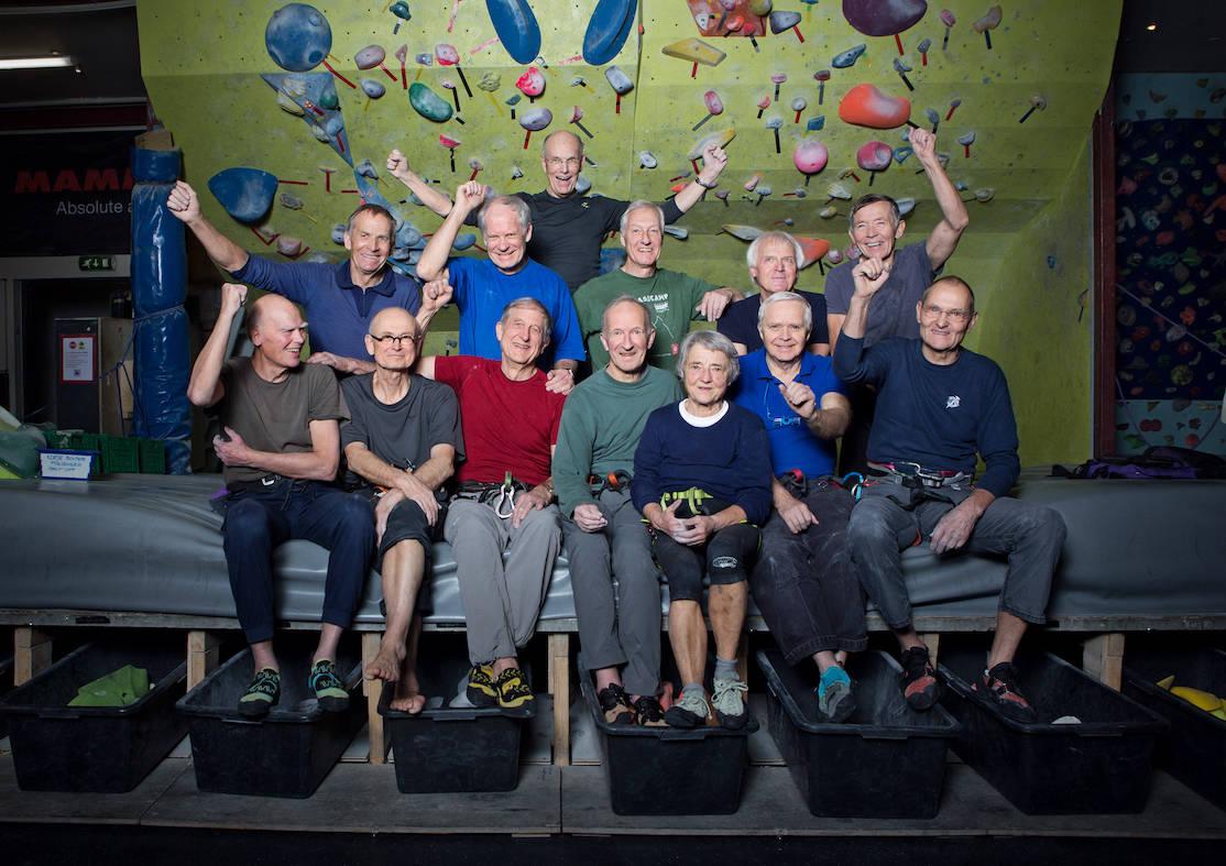 Et knippe medlemmer av Norsk geriatrisk klatrekompani eller også kjent som Klatrekompaniet avbildet på Klatreverket for noen år tilbake. Foto: Hanna Jordan