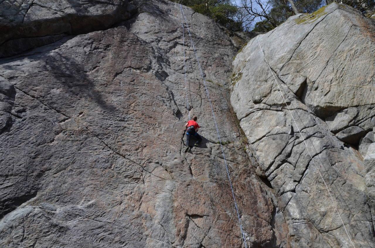 OPPDATERT KLATREFØRER: Sørlandet Rock har blitt oppdatert, og her er det mye fint klatring for alle nivå. Foto: Ingunn Trosby