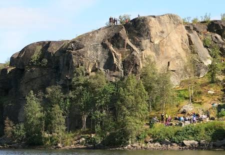 Sleppen er et av flere utendørs klatrefelt som tas i bruk av friluftslivslinja.