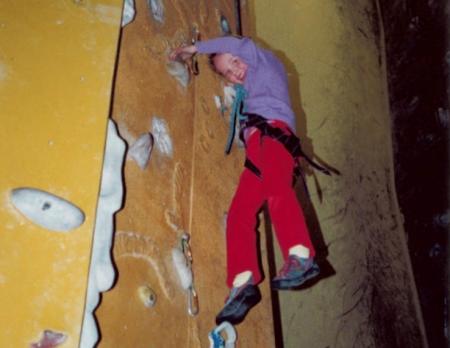 Tina i veggen for første gang, på Villmarkshuset i 2001. Foto: Ada Johnsen