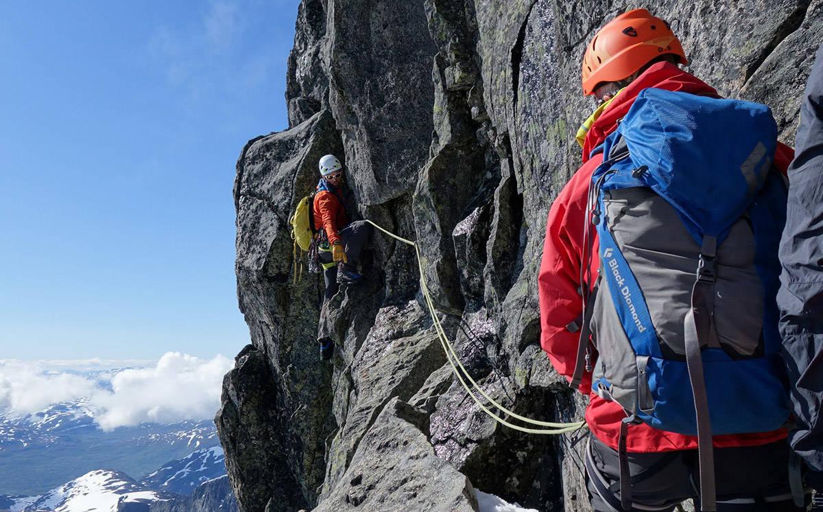 Nortind fjellklatring tindevegleder guide