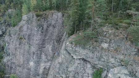 PROGRAMLEDEREN: Dag Hagen trygt på vei ned fra en rute på Skedsmokorset.