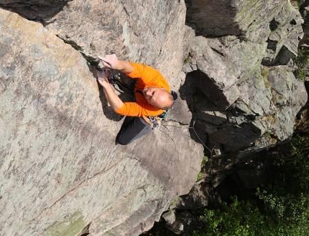 Er dette drømmeruta? Erik Neergaard koser seg på Fandens hekletøi (6+) på Kolsås. Foto: Dag Hagen