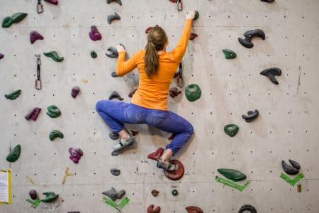 BRUK BEINA: Gi armene hvile. La beina gjøre jobben. Tina J. Hafsaas viser hvordan. Bilde: Christian Nerdrum