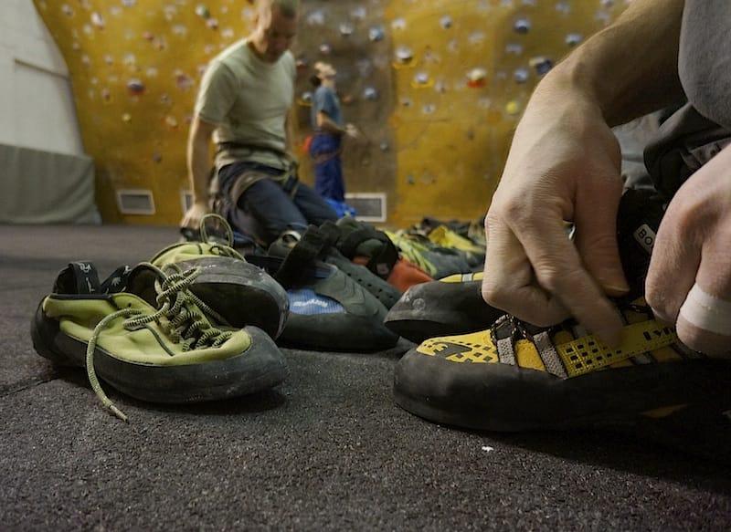 Testing av sko på Vulkan klatresenter. Foto: Dag Hagen