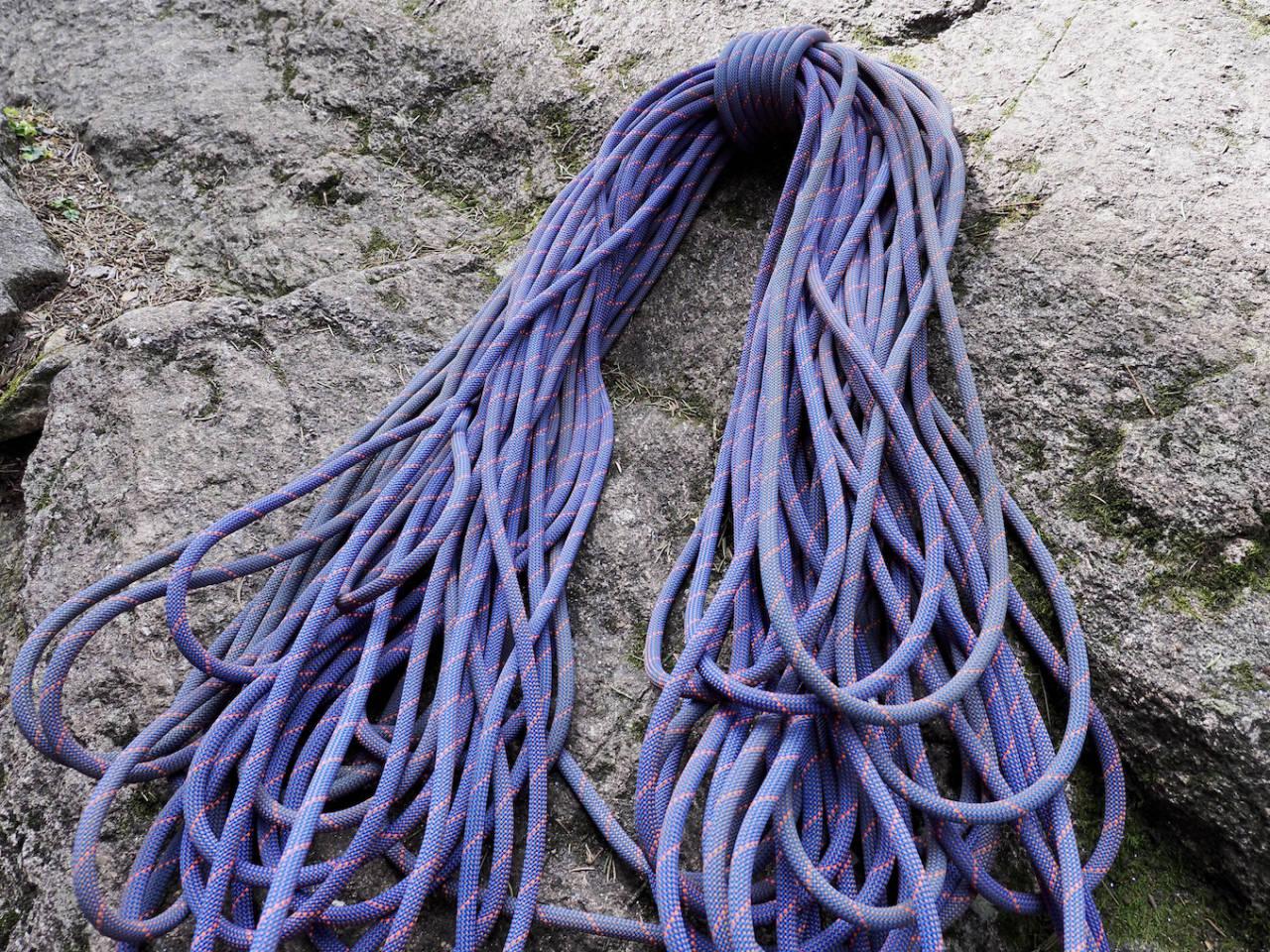 MAMMUT CRAG SENDER DRY: Et lett og smidig tau for de erfarne klatrerne. Foto: Lisa Kvålshaugen Bjærum