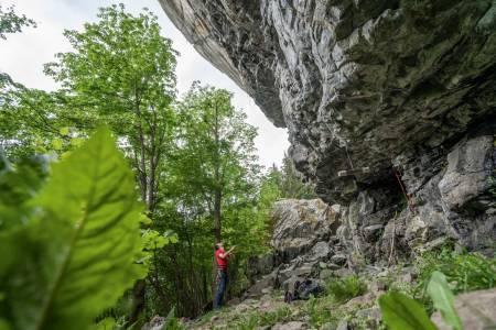 VISUALISERING: Første del av ruta, fram til første anker, heter Kleines. Her ser du topprisset lengst til venstre toppveggen.