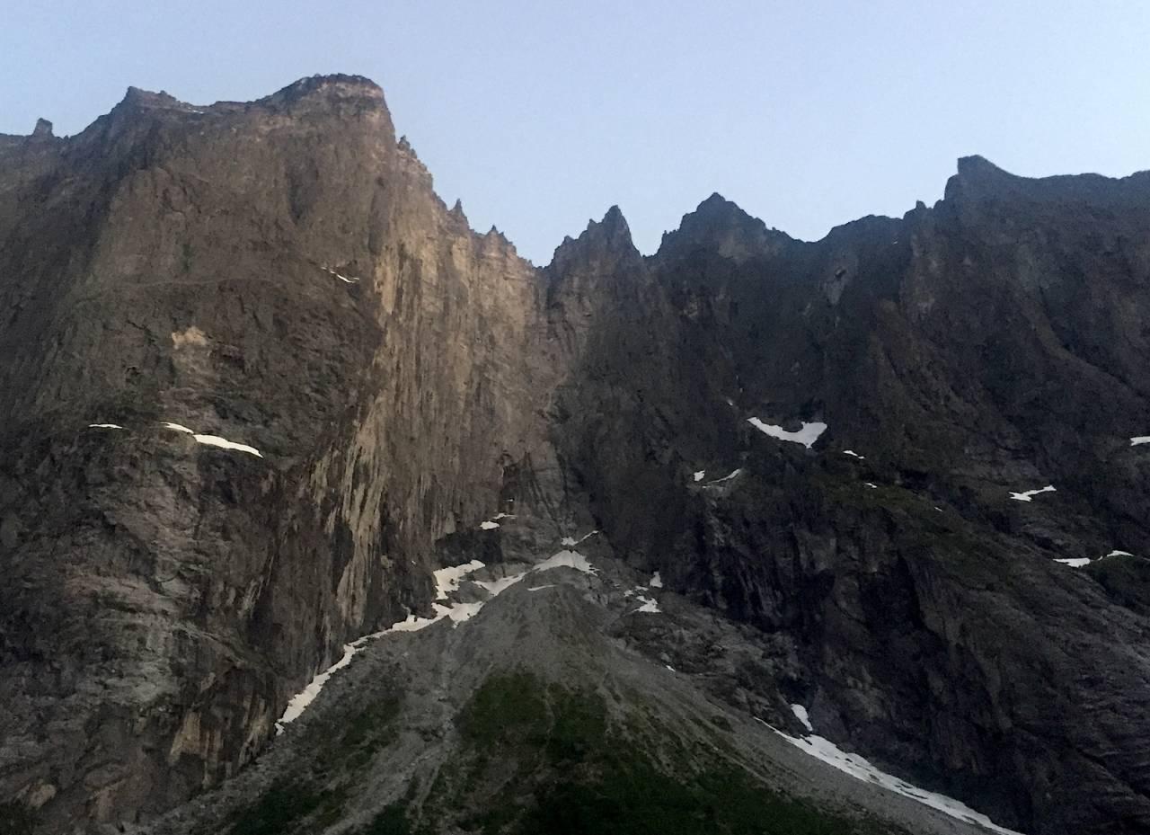 To tjekkiske klatrere er meldt savnet etter at de ikke returnerte fra Trollveggen i Rauma på lørdag. Arkivfoto: Dag Hagen