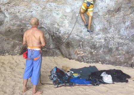 En taubag beskytter tauet mot smuss og sand, og oppbevarer det slik at du slipper å kveile det sammen. Foto: Dag Hagen