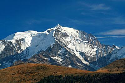 Mount Blanc (4810 moh) i Frankrike. Foto: Wikipedia.org