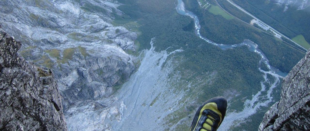 Luftige Trollveggen. Foto: Henki Flatlandsmo